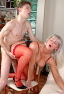 http://images.onlc.eu/matures-sexeNDD//128562641948.jpg
