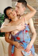 http://images.onlc.eu/matures-sexeNDD//128890157815.jpg