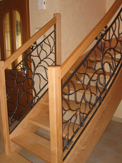 Ferronnerie d 39 art rocle rampes d 39 escalier for Photos d escaliers interieurs