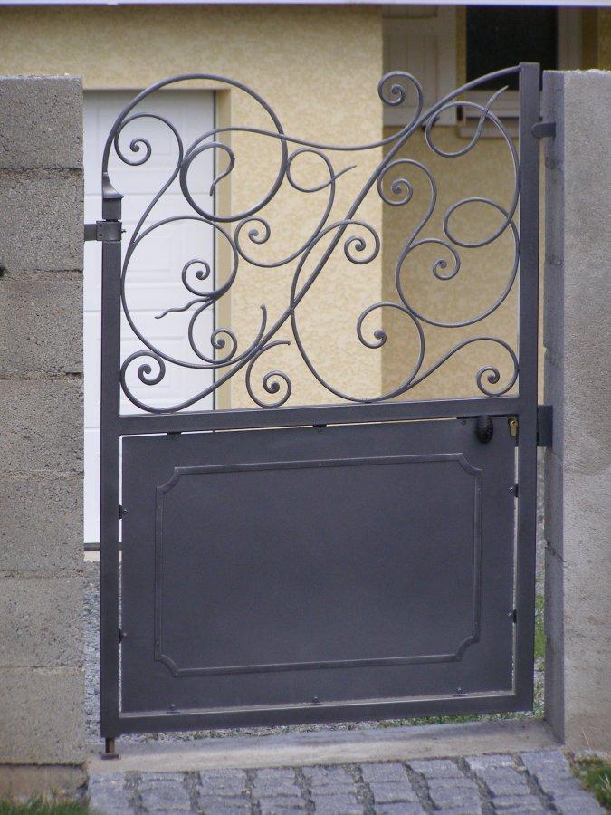 Php objet formulaire for Portillon en fer vert